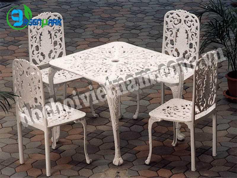 Bàn ghế sân vườn GP13212