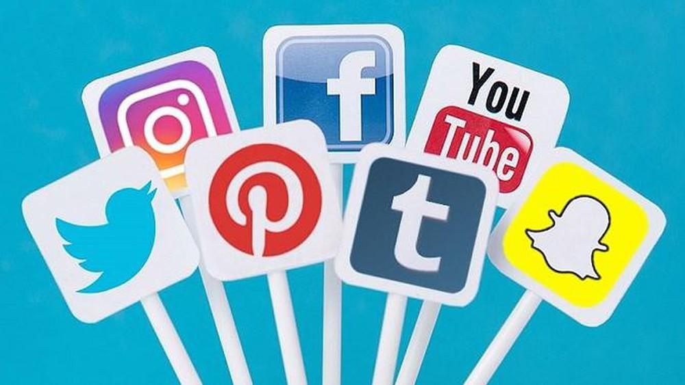 Dùng mạng xã hội truyền thông khu vui chơi