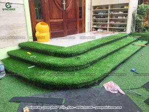 Dán cỏ nhân tạo cho trường mầm non