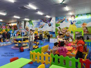 Vệ sinh khu vui chơi trẻ em