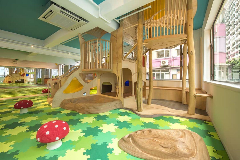 Khu vui chơi trẻ em trong nhà bằng gỗ